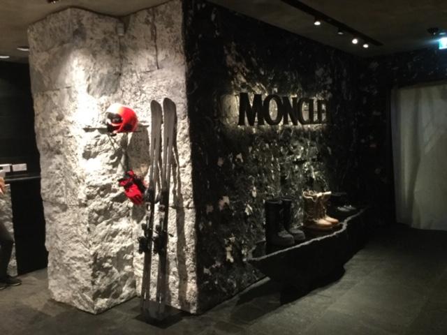 Negozio Moncler Gstaad